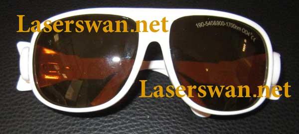 عینک دستگاه لیزر